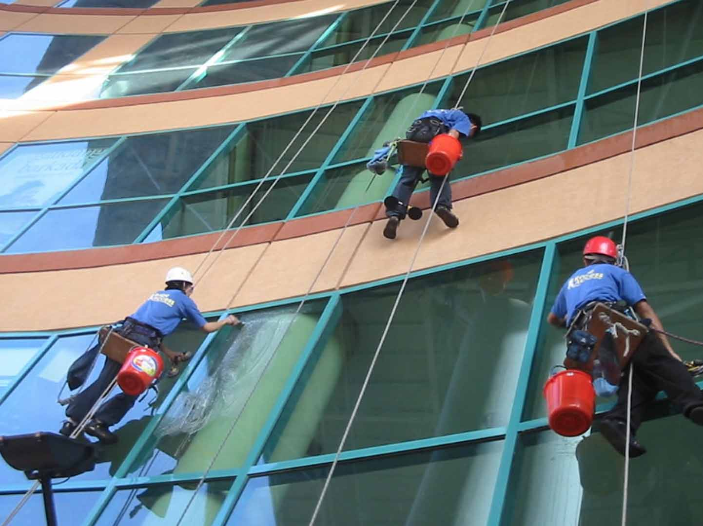 Our cleaner do all kind of exterior building cleaning in dubai